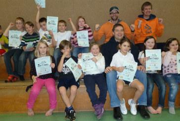Power und Action Tennis in den Grundschulen von Methler