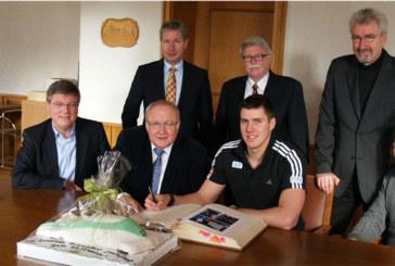 Empfang von Weltmeister Jannis Bäcker im Holzwickeder Rathaus