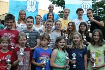 Erneut SFU-Vereinsmeister: Lena Busch und Jan Vogel