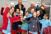 """Fußball als soziale Integrationskraft – Turnier """"Mädchen mittendrin"""" im SportCentrum Kamen-Kaiserau"""