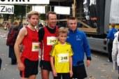 445 Teilnehmer beim Internationalen Hellweglauf in Lünern am Start