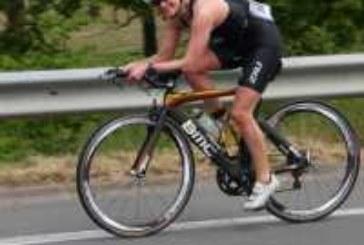 Ulrike Mandt vom Hartman–Triathlon–Team finisht Mitteldistanz in Steinfurt