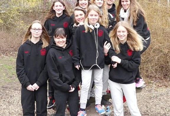 Damenmannschaft der Wasserfreunde steigt in Südwestfalenliga auf