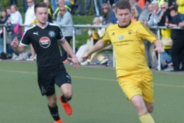Henri Böcker schießt den SuS Kaiserau zum Kamener Derbysieg gegen den VfL