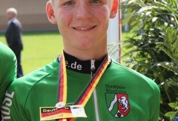 Luca Felix Happke fährt im Dernyrennen überraschend auf DM-Platz zwei