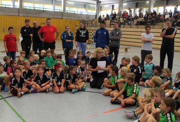250 Nachwuchshandballer starten mit Minispielfest in die neue Saison
