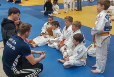 Luca Lanfermann setzt sich bei der Judo-Bezirksmeisterschaft durch
