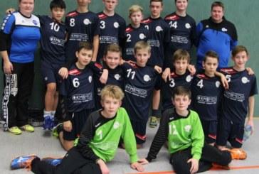 Siegerpokal für die Hellweg-Auswahl beim Turnier in Duisburg
