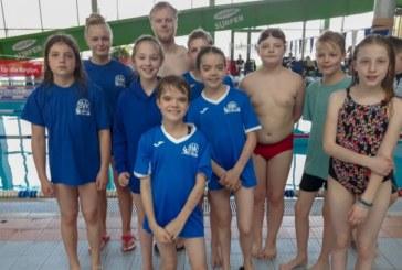Kamener Nachwuchsschwimmer sammeln in Plettenberg gute Erfahrungen