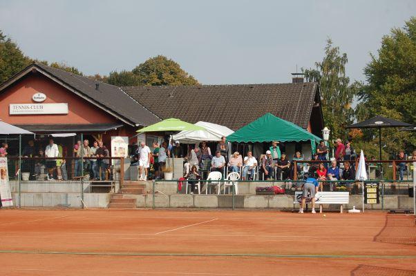 TC Bergkamen Weddinghofen lädt zur 1. Weddinghofener Senior Trophy ein