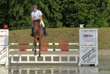 Franz-Josef Jun. Dahlmann siegt auf Little Fauntleroy in der Springpferdeprüfung Kl.A** – 4 – 6jährige Pferde