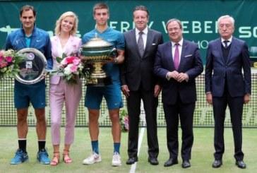 Borna Coric gewinnt Gerry Weber Open sensationell gegen Rekord-Champion Roger Federer
