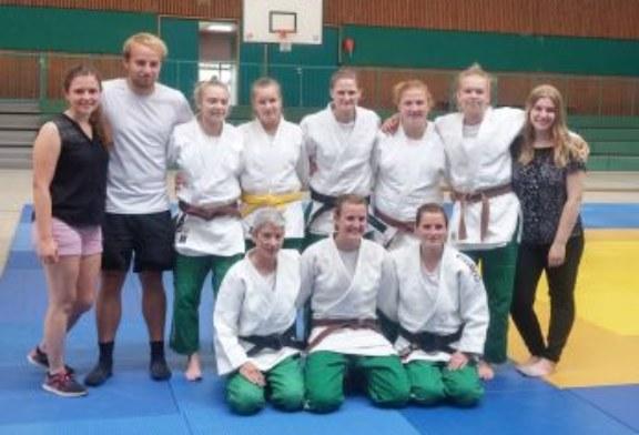 Amazonen des Judo Club Holzwickede schaffen souverän den Klassenerhalt in der Frauen Oberliga