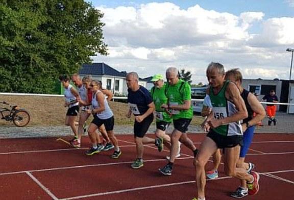Gabi Fliege und Dietmar Westerhellweg überzeugen beim Langsprint über 400m