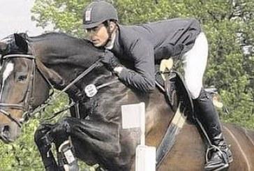 """Schauwettbewerbe """"Pferd und Hund"""" sowie """"Jump and Drive"""" finden große Beachtung"""