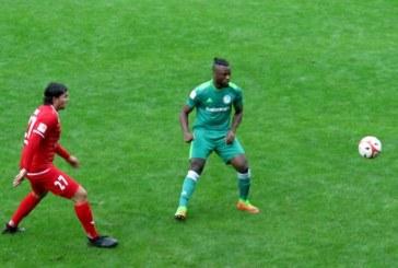 Nervenstarker HSC-Keeper Kevin Beinsen verwandelt Elfer zum 3:3 in Ahlen