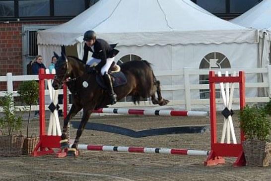 RV Fröndenberg stellt zwei Kreismeister im Reitsportzentrum Massener Heide