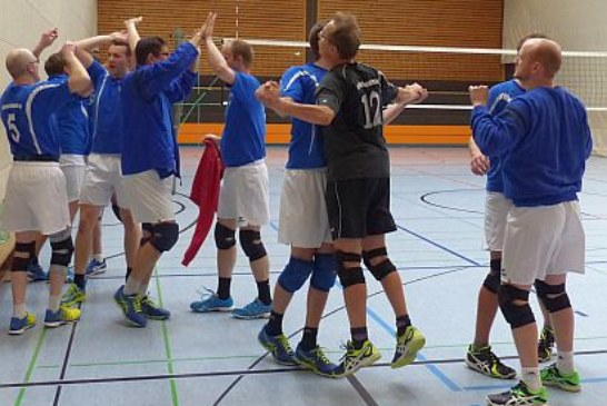 Licht und Schatten bei den heimischen Volleyballteams