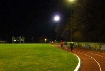 Training unter Flutlicht im Römerbergstadion