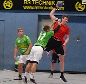 Handball-Bezirksliga: Derbysiege für SuS Oberaden II, SGH Unna Massen und HC Heeren