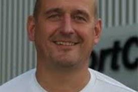 Alex Berger bleibt Trainer beim FC TuRa Bergkamen