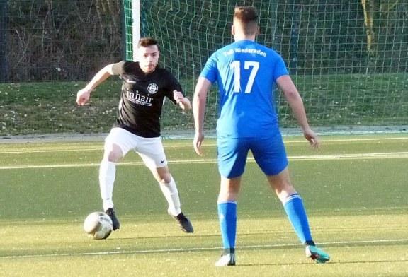 Fußball-Kreisliga A2: Führungs-Trio startet mit Siegen