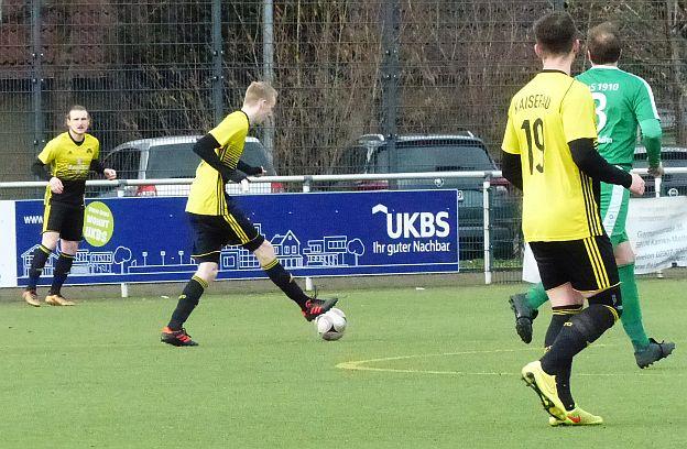 Fußball-Landesliga: Kaiserau rutscht weiter ab – SSV gewinnt erstes Endspiel